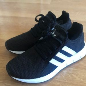 Adidas Swift Run Athletic Sneakers- Barely Used
